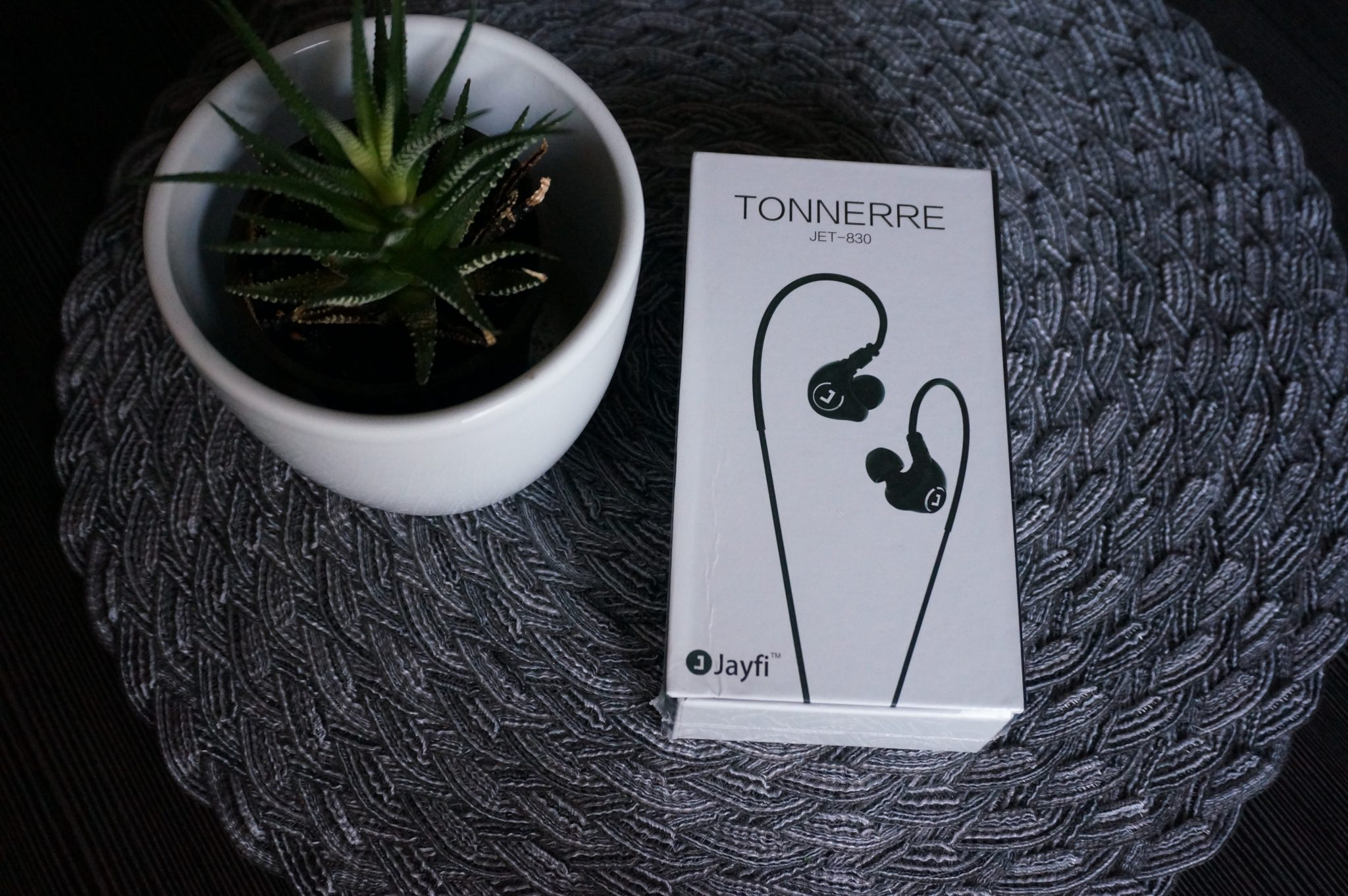 Jayfi Tonnere Jet-830 Test: In Ears für 20 EUR